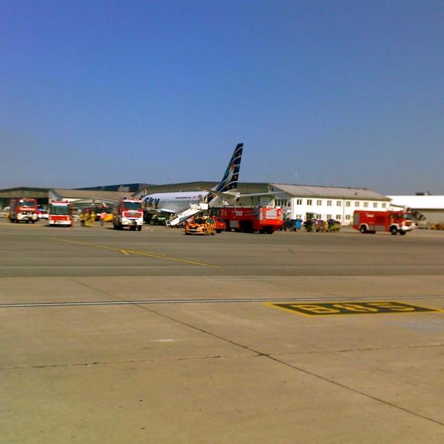 Feuerwehr In Aktion Am Flughafen Wien Stefan Jud