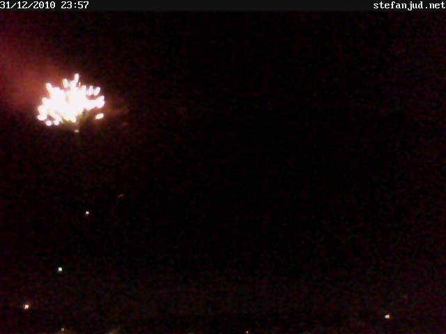 Webcam mit Rakete zu Silvester