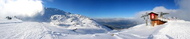 Panorama vom Schartenkogel (2394m) im Skigebiet Glungezer