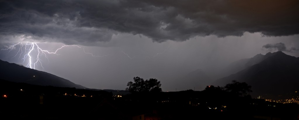 Gewitter und Blitze